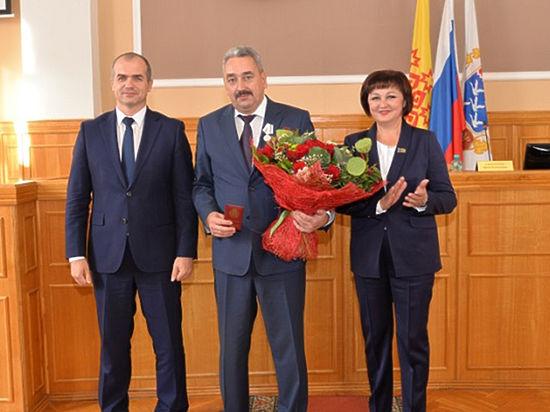 Леонид Черкесов сложил свои полномочия. Бывший глава столицы Чувашии занял кресло в Госдуме