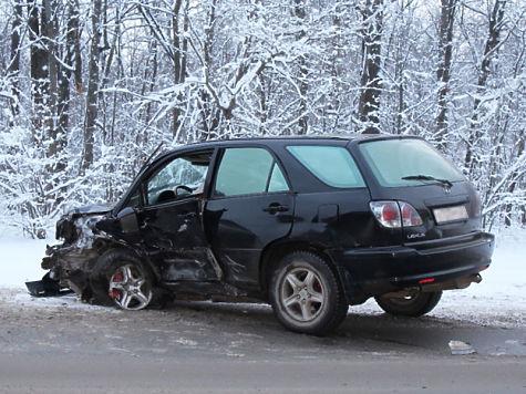 ВЧебоксарах нетрезвый шофёр Лексус устроил смертельное ДТП