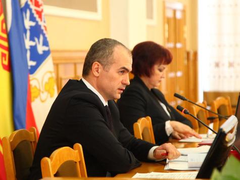 Ладыков сократил подозреваемых вкоррупции служащих мэрии