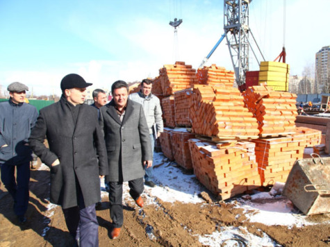 НаБогданке начали строить дом для переселенцев изаварийного жилья