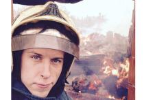 Спасатель рассказал, почему пострадал при тушении пожара в новой Москве