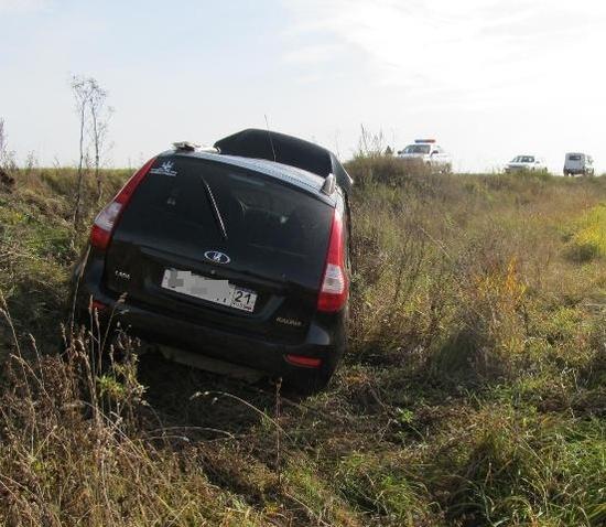 Смертельное ДТП в Чувашии: погиб водитель перевернувшейся в кювет «Лады Калины»