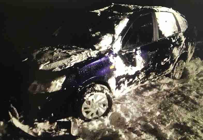ВЧувашии женщина на«Гранте» опрокинулась вкювет: пострадали пассажирки