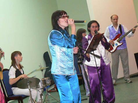 ВИА «Данс-рок-капелла» хорошо известен в Чувашии. Фото: Татьяны Мишиной.